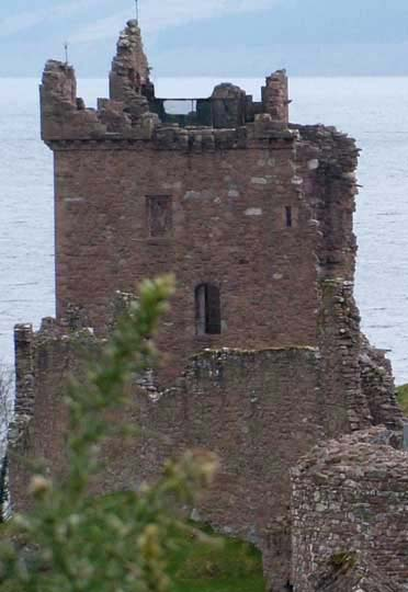 Tower of Urquhart Castle from it's good side